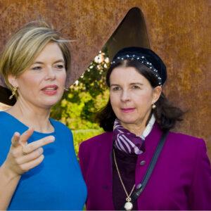 Julia Glöckner mit Lisa Witasek, Witwe von E. Kishon.